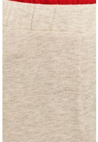 Szare spodnie dresowe Pieces