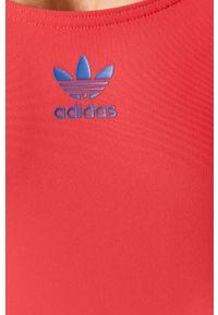 Różowy strój kąpielowy adidas Originals z odpinanymi ramiączkami, z nadrukiem