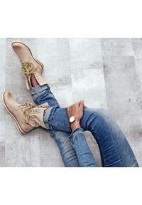 Beżowe botki Zapato na spacer, z cholewką za kostkę, wąskie