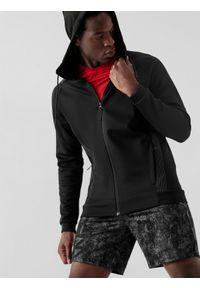 4f - Bluza treningowa rozpinana z kapturem męska. Typ kołnierza: kaptur. Kolor: czarny. Materiał: włókno, dzianina, materiał. Długość rękawa: raglanowy rękaw
