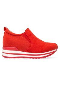 Czerwone buty sportowe FOREVERFOLIE w kolorowe wzory, bez zapięcia, trekkingowe