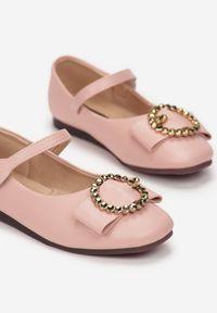 Born2be - Różowe Balerinki Chaliusei. Zapięcie: klamry. Kolor: różowy