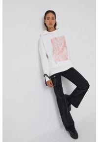 AllSaints - Bluza bawełniana. Typ kołnierza: kaptur. Kolor: biały. Materiał: bawełna. Długość: długie. Wzór: nadruk