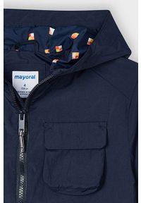 Niebieska kurtka Mayoral casualowa, z kapturem, na co dzień
