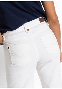 Białe jeansy bonprix klasyczne