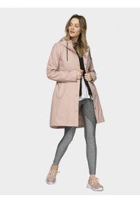 Różowa kurtka outhorn na co dzień, casualowa