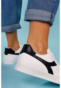 Casu - Białe buty sportowe creepersy sznurowane casu lv100p-27. Kolor: biały. Styl: sportowy
