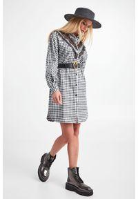 Ermanno Firenze - SUKIENKA ERMANNO FIRENZE. Materiał: koronka. Wzór: kratka, haft, koronka, ażurowy. Typ sukienki: koszulowe. Długość: mini