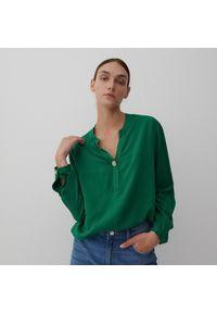 Reserved - Bluzka z wiskozy - Zielony. Kolor: zielony. Materiał: wiskoza