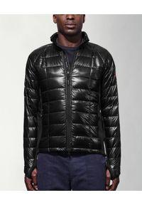 CANADA GOOSE - Czarna kurtka puchowa. Kolor: czarny. Materiał: puch. Wzór: aplikacja