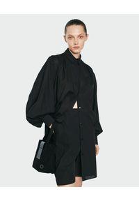 ANIA KUCZYŃSKA - Sukienka z bufiastymi rękawami Maxi Xenia. Typ kołnierza: kołnierzyk klasyczny. Kolor: czarny. Typ sukienki: koszulowe. Styl: elegancki, klasyczny. Długość: maxi