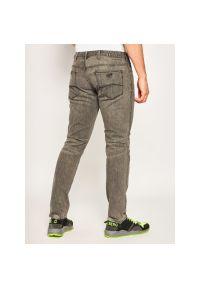 Szare jeansy Emporio Armani