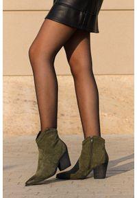 Casu - Zielone botki kowbojki na szerokim słupku casu j20x7/gn. Kolor: zielony. Obcas: na słupku