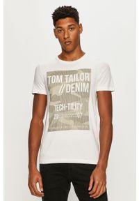 Biały t-shirt Tom Tailor Denim z nadrukiem, casualowy, z okrągłym kołnierzem, na co dzień