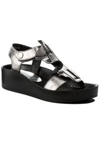 Srebrne sandały Karino