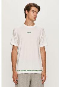 Biały t-shirt adidas Originals casualowy, z okrągłym kołnierzem, z nadrukiem, na co dzień