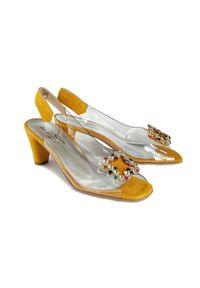 Żółte sandały Brenda Zaro