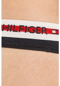 TOMMY HILFIGER - Tommy Hilfiger - Stringi. Kolor: niebieski