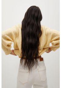 Żółty sweter mango krótki, z długim rękawem