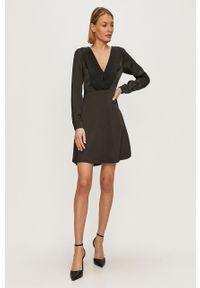 Czarna sukienka Liu Jo gładkie, mini