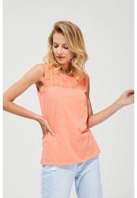 Pomarańczowa bluzka MOODO bez rękawów, klasyczna