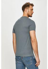 Szary t-shirt Armani Exchange na co dzień, z nadrukiem