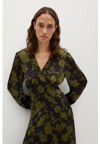 Sukienka mango rozkloszowana, z długim rękawem, na co dzień