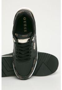 Czarne buty sportowe Guess z cholewką, na sznurówki, z okrągłym noskiem, na obcasie