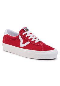 Czerwone buty trekkingowe Vans