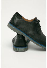 Camper - Półbuty skórzane Morrys. Nosek buta: okrągły. Zapięcie: sznurówki. Kolor: czarny. Materiał: skóra