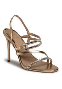 Złote sandały Guess eleganckie, z aplikacjami