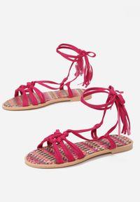 Fioletowe sandały Born2be