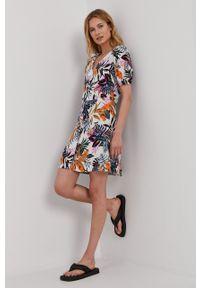 Jacqueline de Yong - Sukienka. Materiał: tkanina, wiskoza, materiał. Długość rękawa: krótki rękaw. Typ sukienki: rozkloszowane