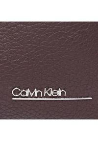 Brązowa kosmetyczka Calvin Klein