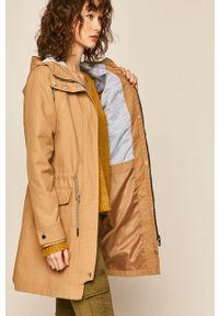 Beżowy płaszcz medicine z kapturem