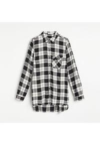 Reserved - Koszula w kratę - Czarny. Kolor: czarny