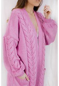 Różowy sweter Lemoniade wizytowy, ze splotem