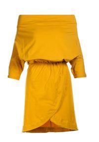 Renee - Żółta Sukienka Aquaneh. Kolor: żółty. Typ sukienki: proste, dopasowane. Długość: mini