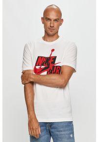 Biały t-shirt Jordan casualowy, z nadrukiem