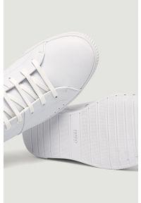 Białe sneakersy Hugo z cholewką, z okrągłym noskiem, na sznurówki