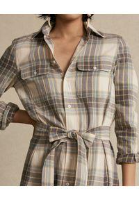 Ralph Lauren - RALPH LAUREN - Sukienka w kratę z paskiem. Typ kołnierza: polo. Kolor: beżowy. Materiał: materiał, bawełna. Długość rękawa: długi rękaw. Sezon: jesień. Typ sukienki: koszulowe #5