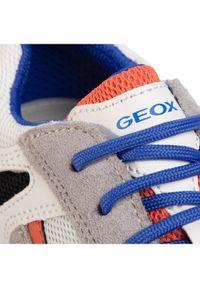 Białe półbuty Geox