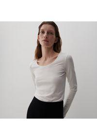 Reserved - PREMIUM Dzianinowa bluzka - Biały. Kolor: biały. Materiał: dzianina