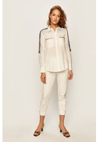 Biała koszula Desigual długa, na co dzień
