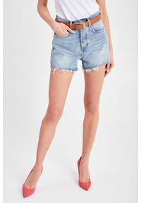Liu Jo - SZORTY JEANSOWE+PASEK LIU JO. Stan: podwyższony. Materiał: jeans. Długość: krótkie. Sezon: lato. Styl: rockowy, klasyczny