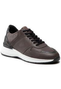 Sneakersy QUAZI - QZ-22-05-000819 601. Okazja: na co dzień. Kolor: szary. Materiał: skóra. Styl: sportowy, casual