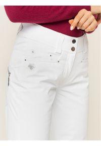 Białe spodnie sportowe Descente narciarskie