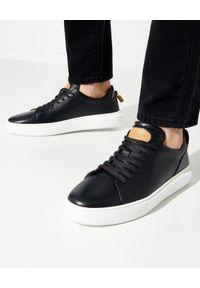 BUSCEMI - Czarne sneakersy ze skóry. Kolor: czarny. Materiał: skóra. Szerokość cholewki: normalna. Wzór: aplikacja