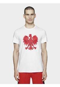 4f - Koszulka kibica męska. Kolor: biały. Materiał: dzianina, bawełna, jersey. Wzór: nadruk, geometria