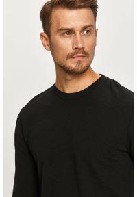 Czarna koszulka z długim rękawem Calvin Klein na co dzień, z okrągłym kołnierzem, casualowa